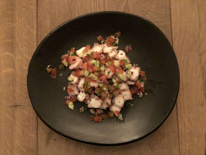 polvo carpaccio salade