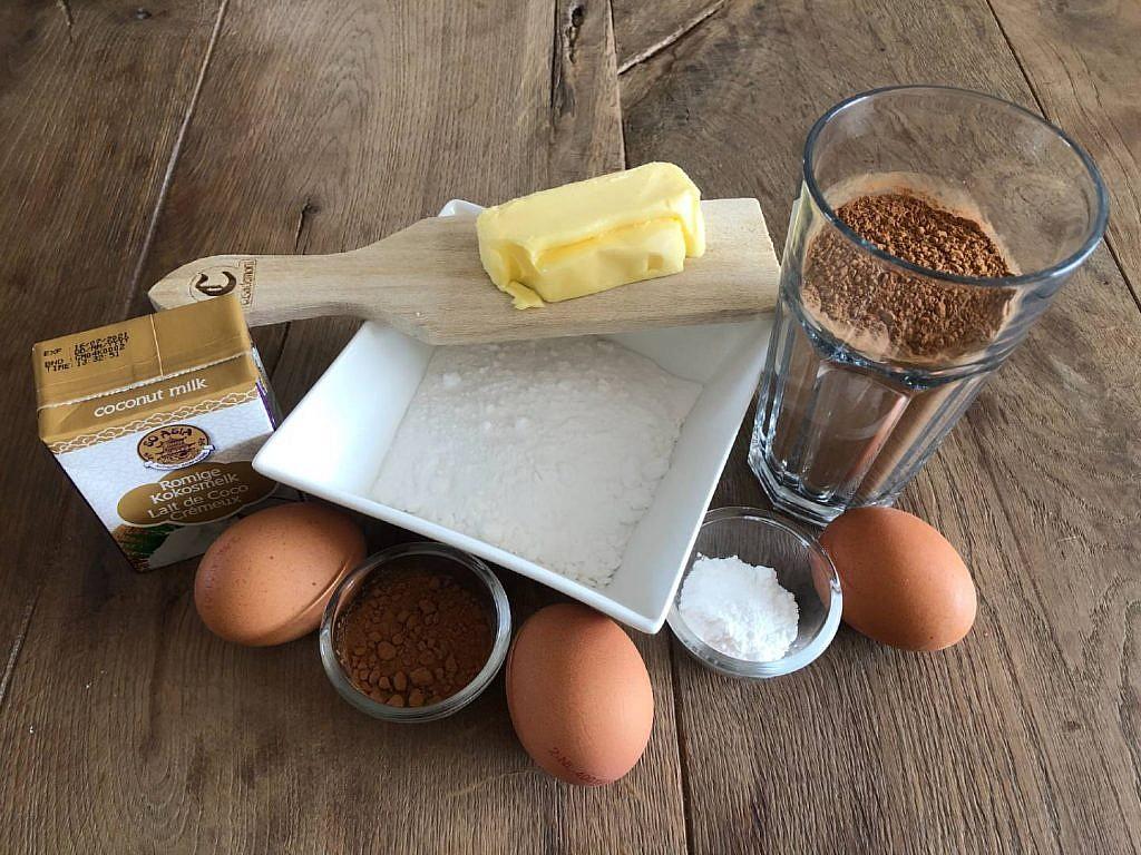 bolinhos alfarroba e coco ingredienten